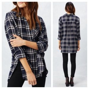 Love Stitch • M • Long Sleeve Plaid Tunic Top